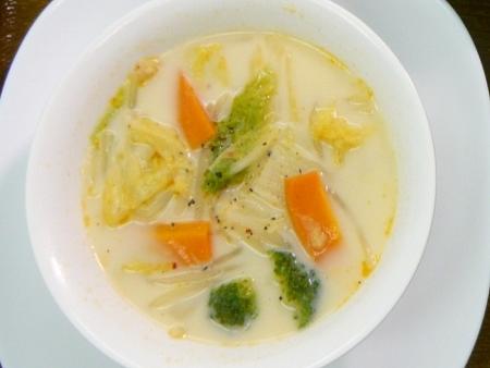 ハクサイの豆乳スープ